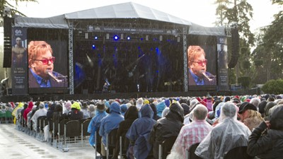 Thousands of fans descend on Stoke Park to attend Elton John concert for SportsAid
