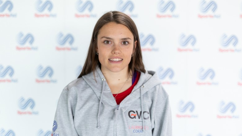 Sportsaid Hockey Talent Lorna Mackenzie Seeking Spot On Great