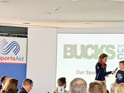 Three young athletes receive financial awards from Bucks SportsAid